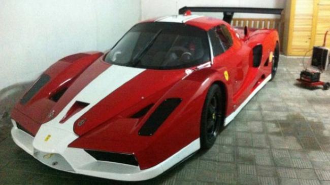 Falso Ferrari FXX