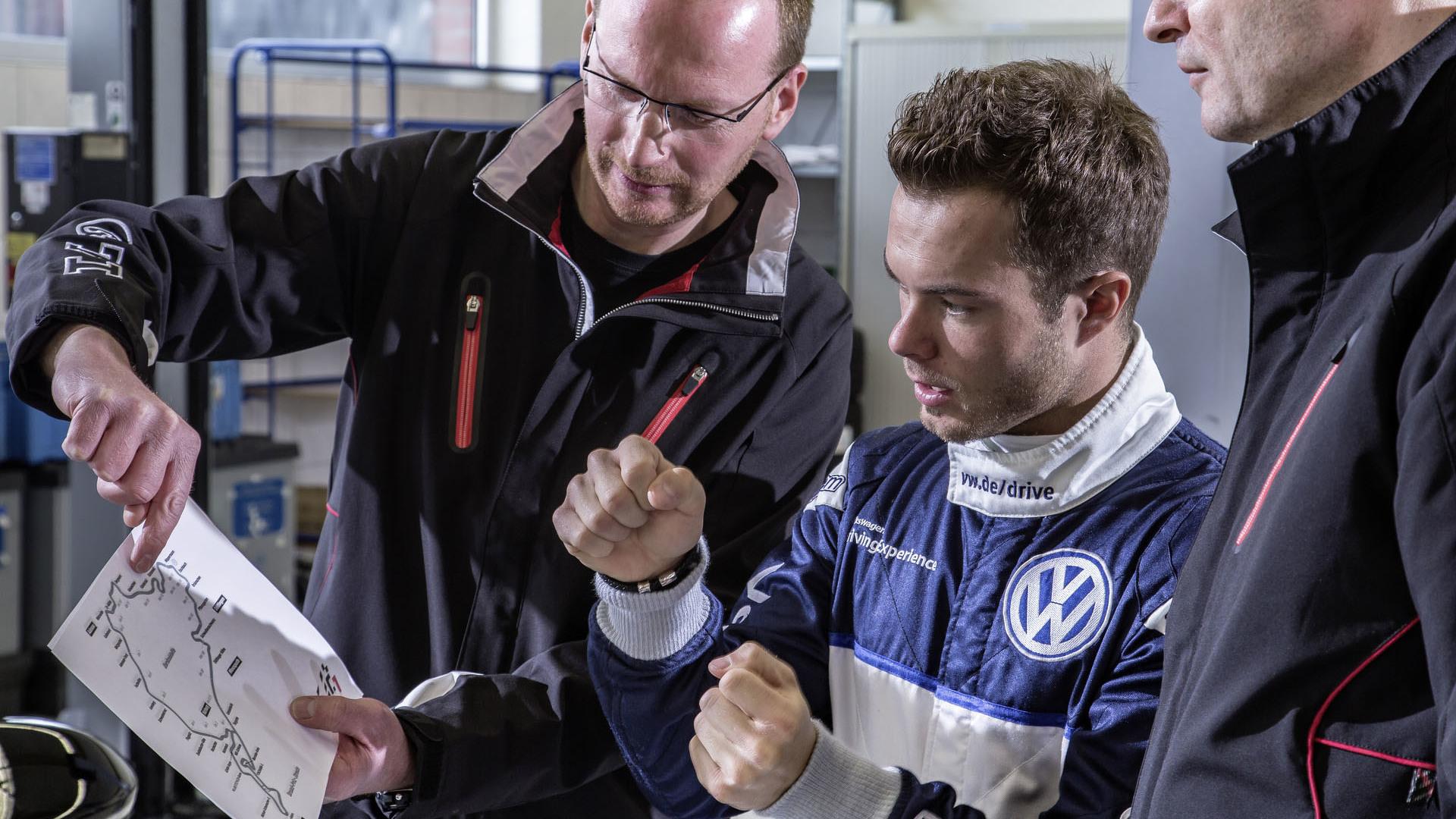 Foto de Volkswagen Golf GTI Clubsport S (12/36)