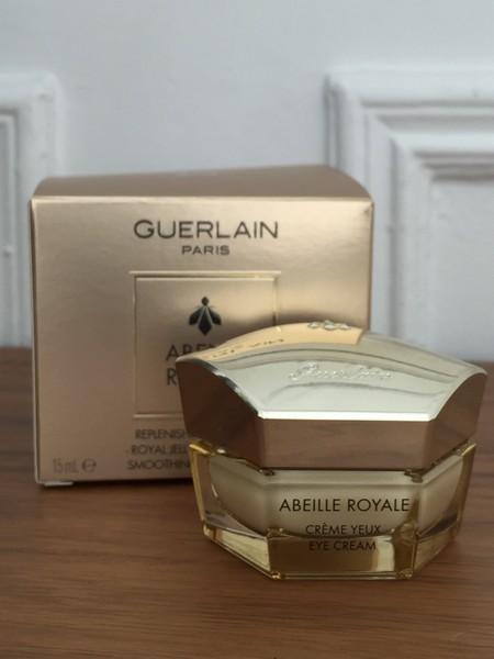 Probamos Abeille Royale Crema de Ojos Reconstituyente de Guerlain, mi nueva joya de tocador