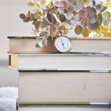 12 libros para leer a lo largo de 12 meses y entender mejor lo que vivimos