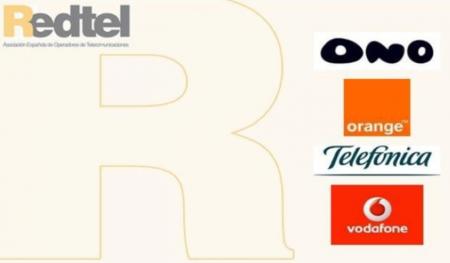 Ono, Movistar, Vodafone y Orange presionan a los políticos para evitar el despliegue municipal de FTTH