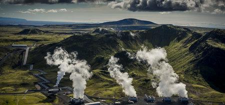 La primera planta que convierte el CO2 en piedra para conseguir emisiones negativas ya está en marcha