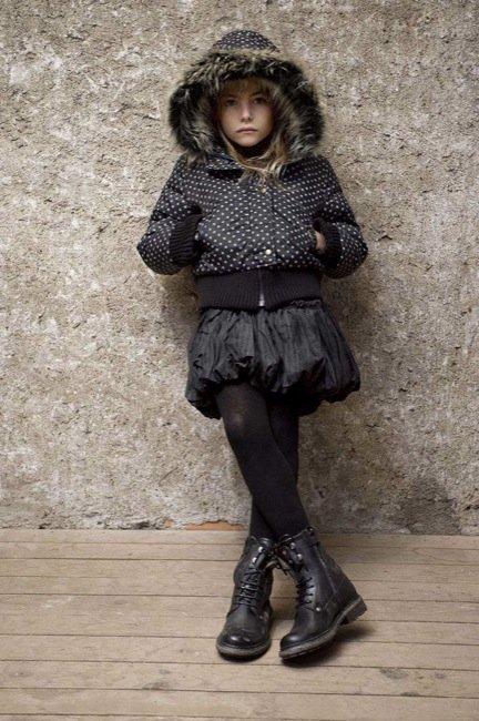 Un vestuario de invierno chic e inesperado para los peques