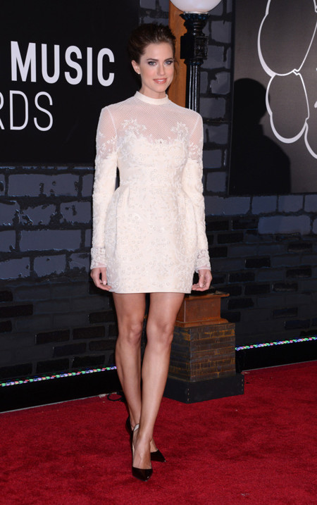 Allison Williams MTV Video Music Awards 2013