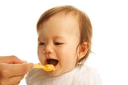 Comer demasiados purés es malo para los dientes del niño