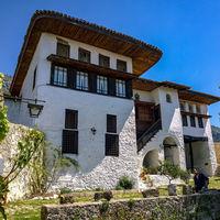 Este museo que es una vivienda tradicional albanesa es un homenaje a su historia en Krujë
