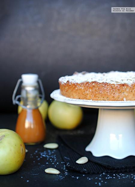 Pastel de manzana, almendra y canela