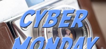 Sony RX100 IV, Canon EOS M6 y más cámaras, objetivos y accesorios en oferta: llega Cazando Gangas 'Especial Cyber Monday'