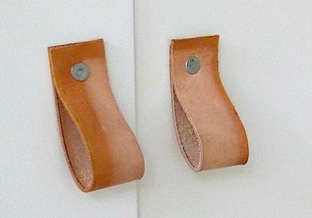 Hazlo tú mismo: tiradores de piel para puertas y cajones