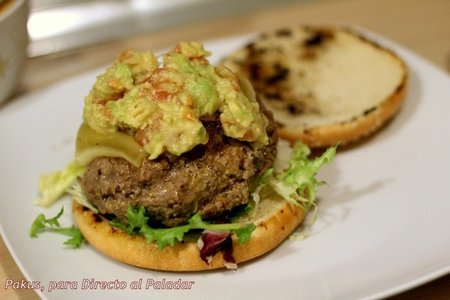 Receta de hamburguesa Tex-Mex con guacamole