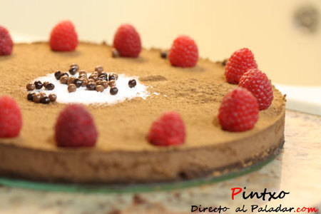 Tarta de chocolate y avellanas. Receta