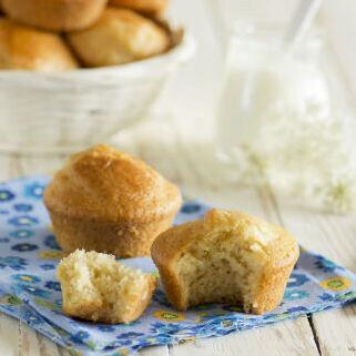 Receta de muffins de yogur y limón, esponjosos y muy tiernos
