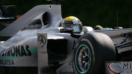 Norbert Haug afirma que Mercedes volverá a ganar