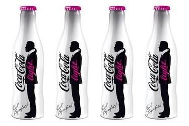Karl Lagerfeld ahora posa para Coca-Cola