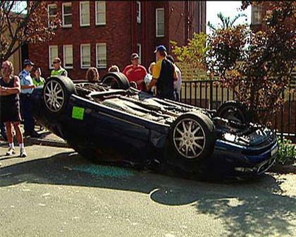 Dejar el coche en la calle tiene sus peligros (III)