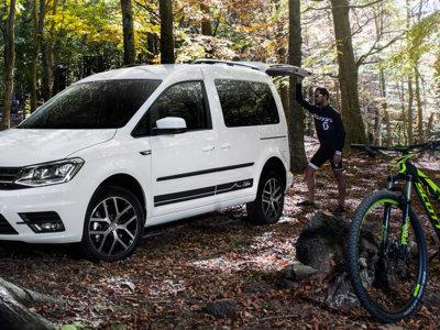 Así es la Volkswagen Caddy Outdoor, una furgoneta de reparto convertida en vehículo de ocio