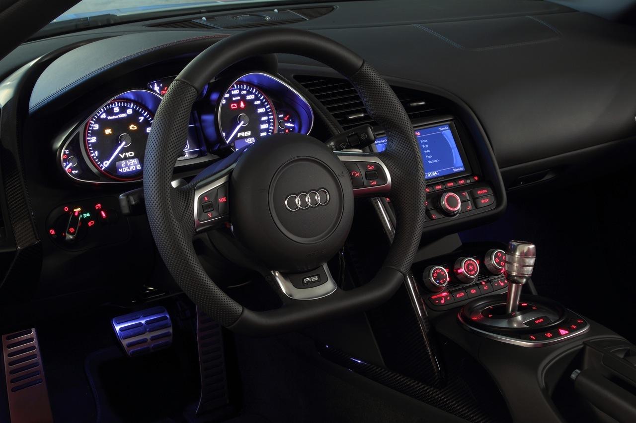 Foto de Audi R8 Spyder (48/88)