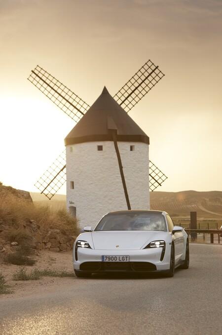 Porsche Taycan (presentación)