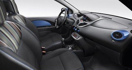 Renault-Twingo-2012-interior