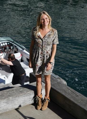 Vestidos florales para el verano: Sienna Miller enseña sus opciones II