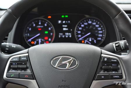 Hyundai Elantra 2017 10