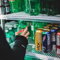 ¿Qué implica la subida del IVA de las bebidas azucaradas al 21% para la hostelería?