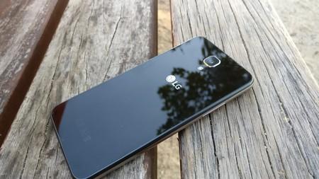 LG X, screen