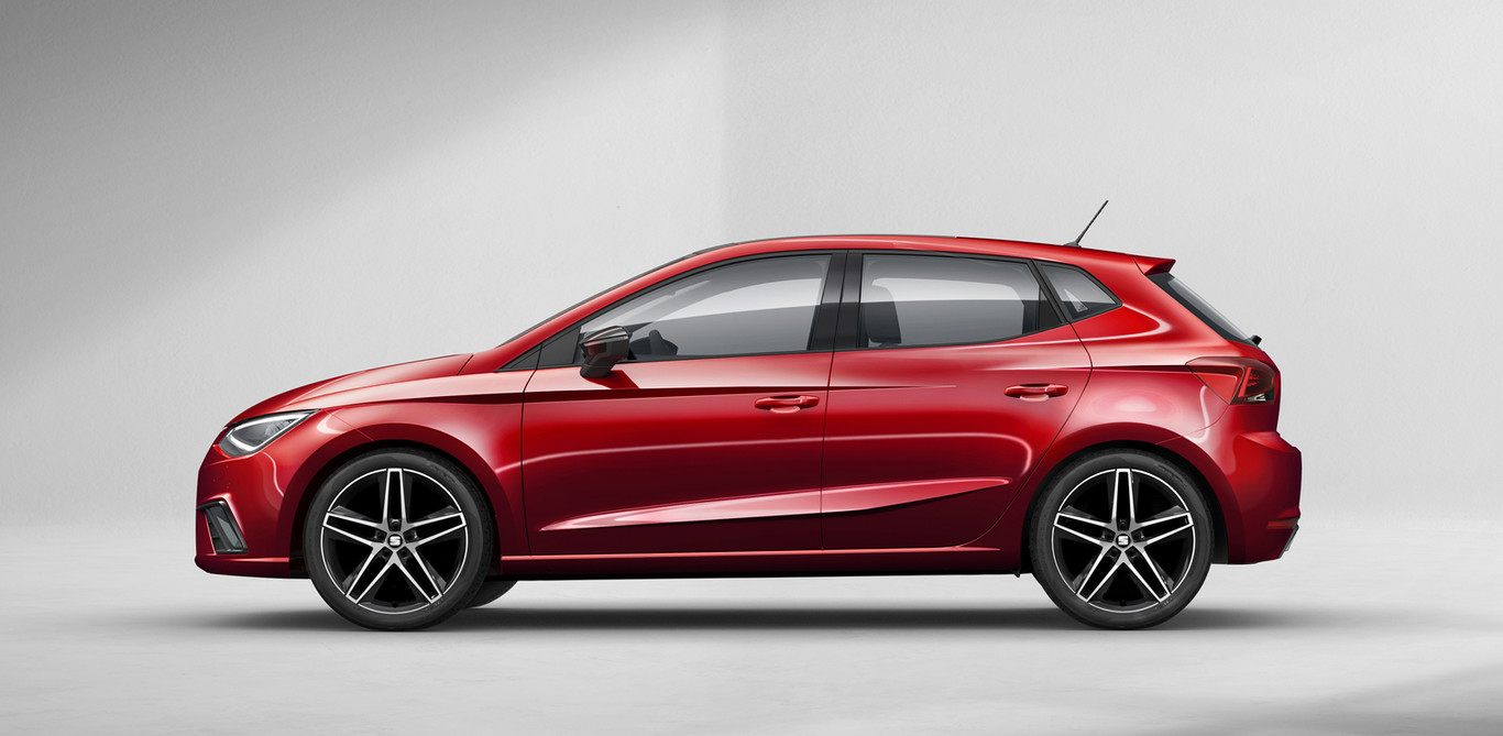 https://i.blogs.es/9aec95/new-seat-ibiza003h/1366_2000.jpg