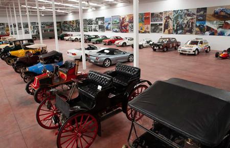 Desguaces La Torre pone a subasta su colección de coches clásicos: todo un paseo por la historia del automóvil