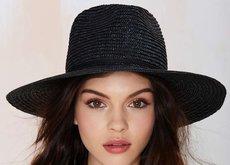 La mirada de Kendall Jenner no es inimitable, solo hay que ver el Instagram de esta modelo rusa