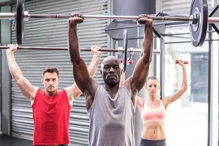 Las claves para realizar un push press perfecto en CrossFit, paso a paso