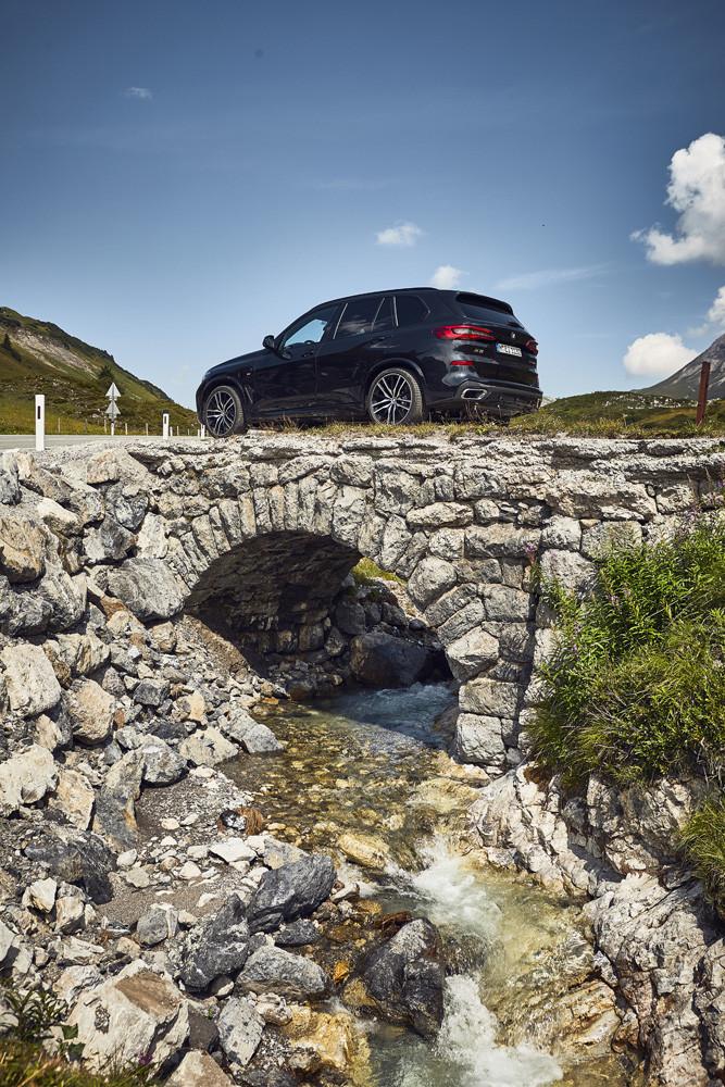 Foto de BMW X5 xDrive45e (9/16)