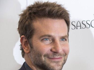 Bradley Cooper, suspenso en la asignatura de combinar camisa y corbata
