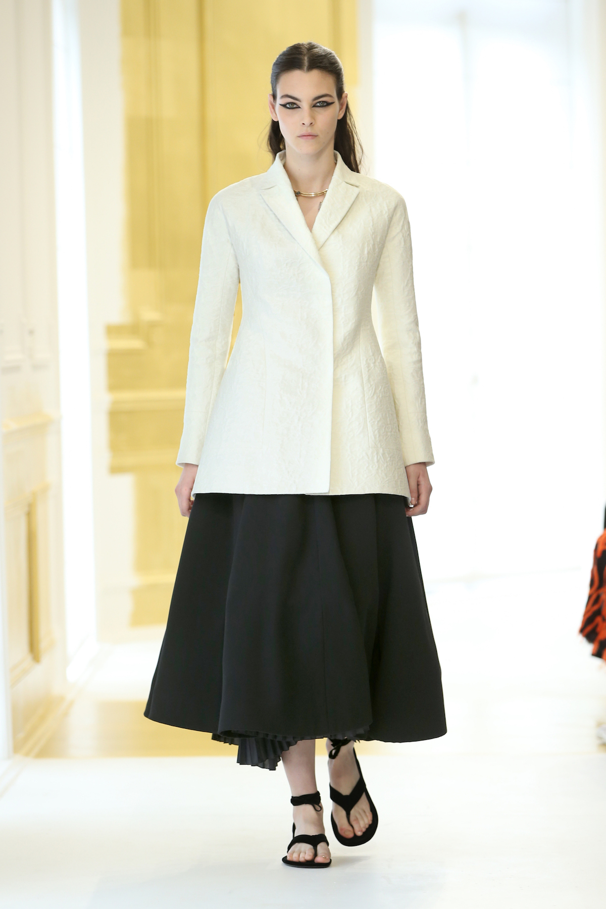 Foto de Dior Alta Costura Invierno 2016 (8/46)