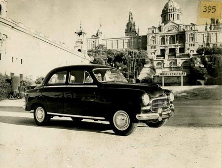 El SEAT 1400 celebra su 65º aniversario: así era el primer modelo de la historia de la marca