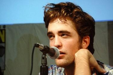 ¡Qué alguien les separe que Robert Pattinson y Justin Bieber se van a tirar de los pelos!