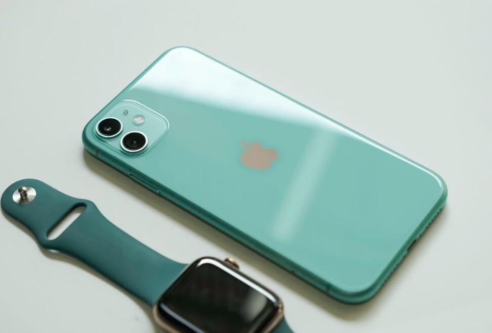 Los iPhone trece serán alguna evolución lineal de los iPhone doce y no habrá iPhone SE tres inclusive 2022, según recientes rumores