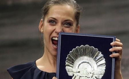 María León con el premio a la mejor actriz en San Sebastián