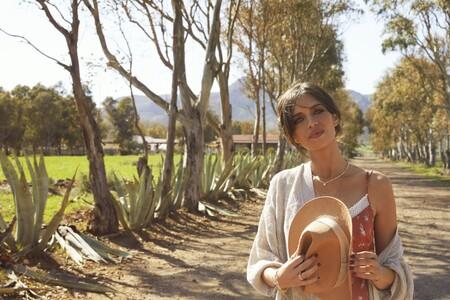 Sara Carbonero e Isabel Jiménez nos enseñan su nueva colección boho de SlowLove a la venta en Cortefiel