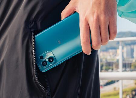 Motorola Edge 20 Lite 02
