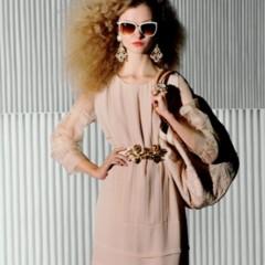 Foto 17 de 22 de la galería loobook-uterque-primavera-verano-2011-los-estilismos-mas-sofisticados-de-inditex en Trendencias
