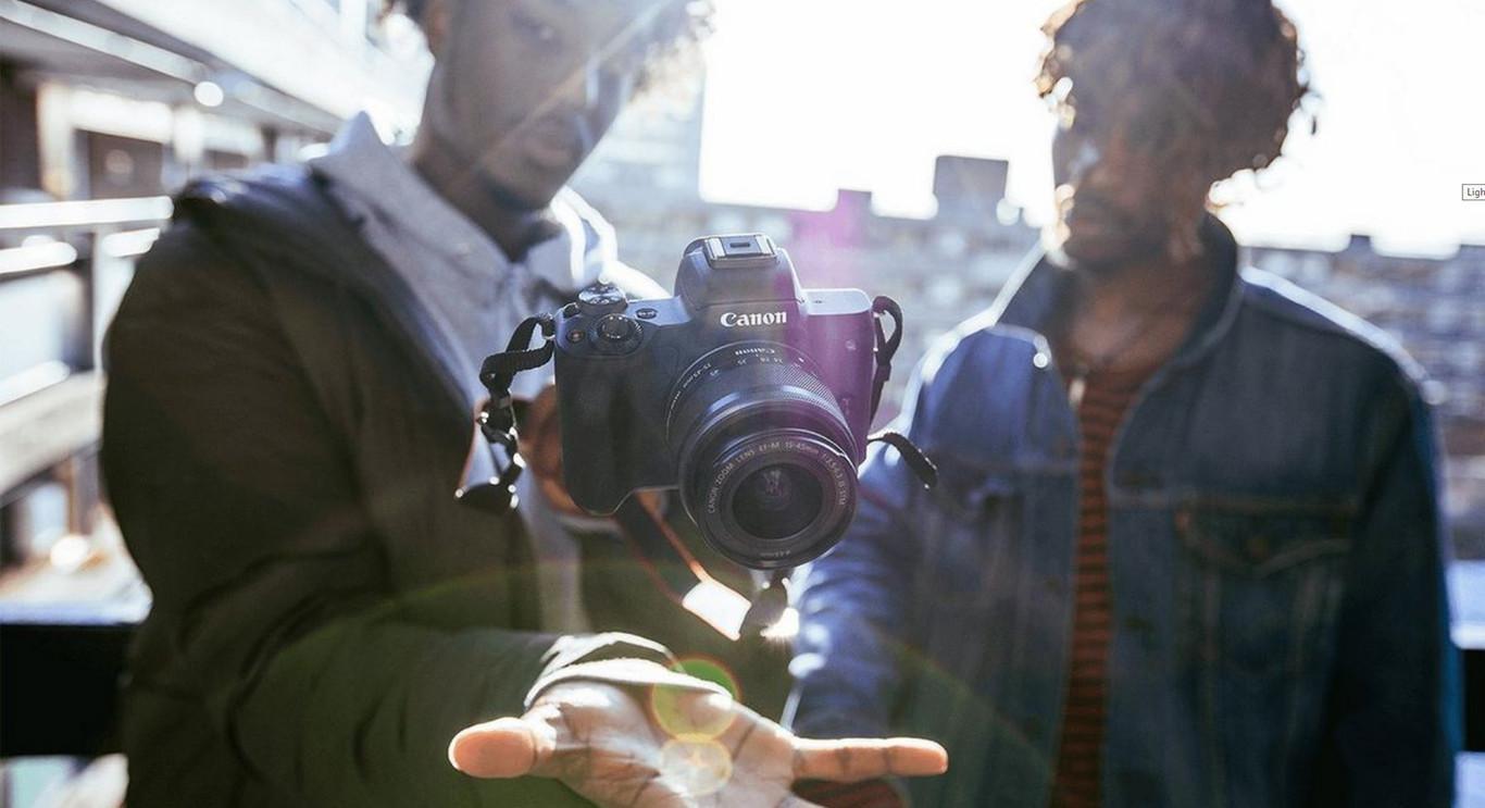 Canon EOS M50, Nikon D3400, Sony RX100 III y más cámaras, objetivos y accesorios en oferta: Llega Cazando Gangas