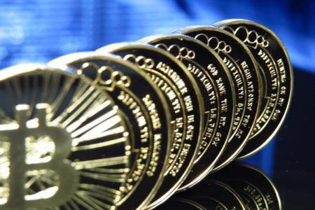 Dorian S. Nakamoto niega ser el creador de Bitcoin
