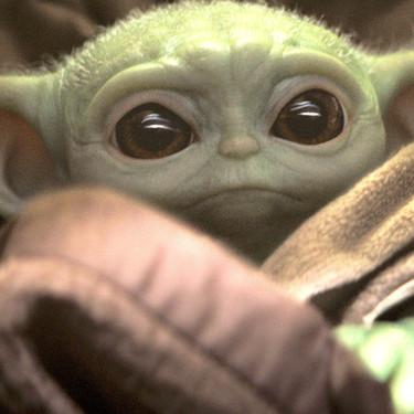 El bebé más famoso del año no fue ni de la realeza ni de una celebridad, sino bebé Yoda