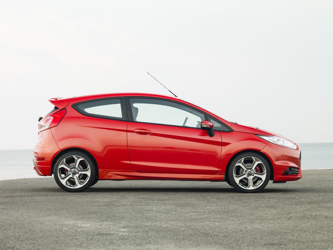 Foto de Ford Fiesta ST 2013 en Francia (9/50)
