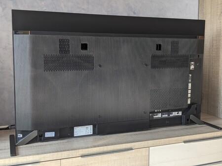 Sony A90j Trasera