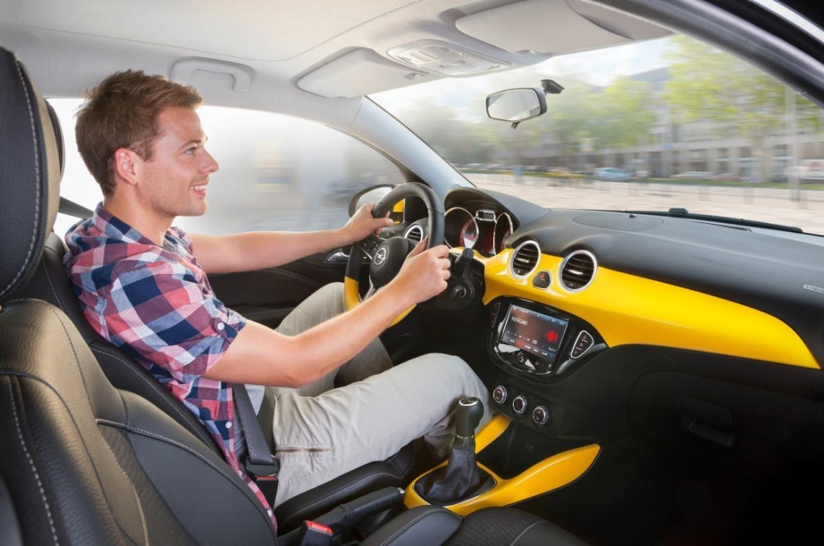 Foto de Opel Adam (43/50)