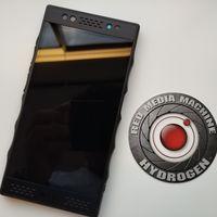 """RED Hydrogen One: llega oficialmente a México el primer smartphone con """"pantalla holográfica"""", este es su precio"""