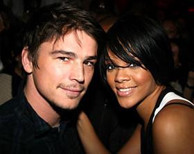 Romance bomba: Rihanna y Josh Harnett