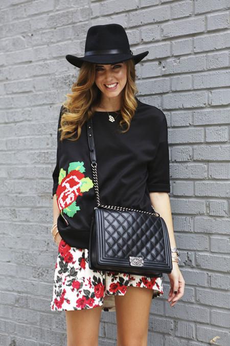 Érase Chiara Ferragni a un Chanel pegada
